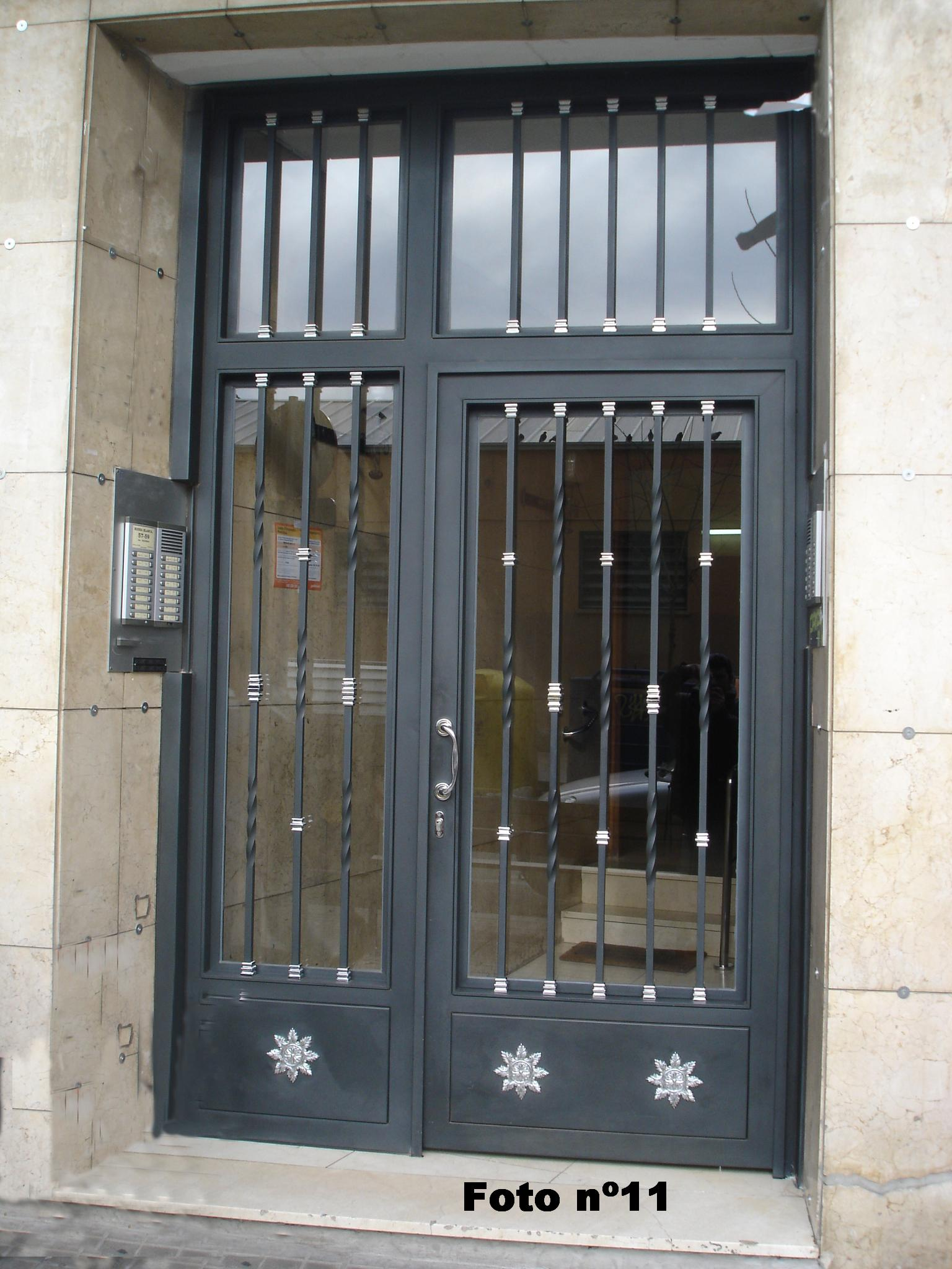 Puertas De Exterior Metalicas - Ideas De Disenos - Ciboney.net