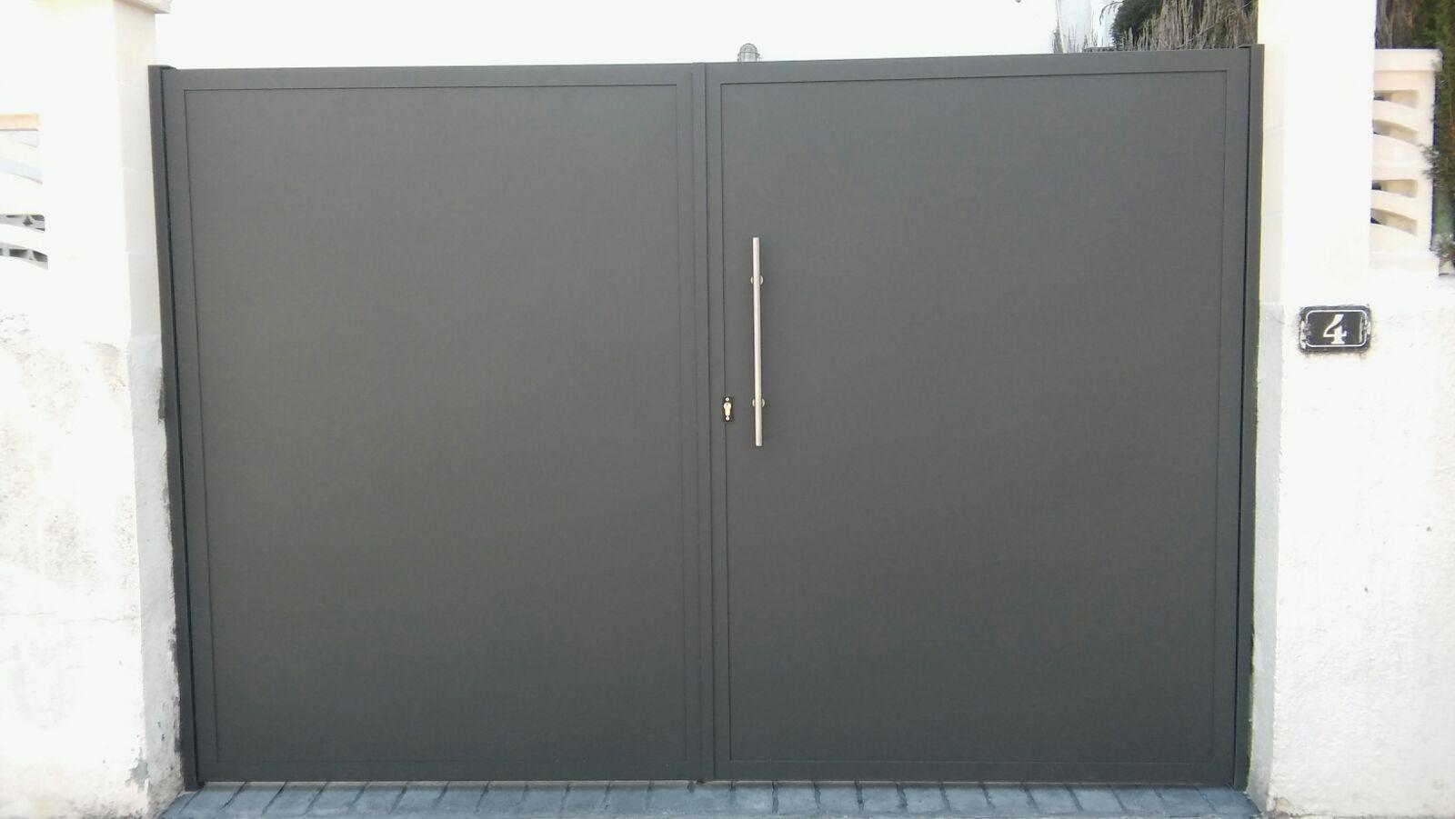 Otros modelos de puertas - Puerta garaje abatible ...